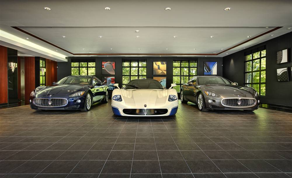 Supercar garage3