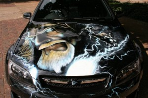Airbrushing on the bonnet
