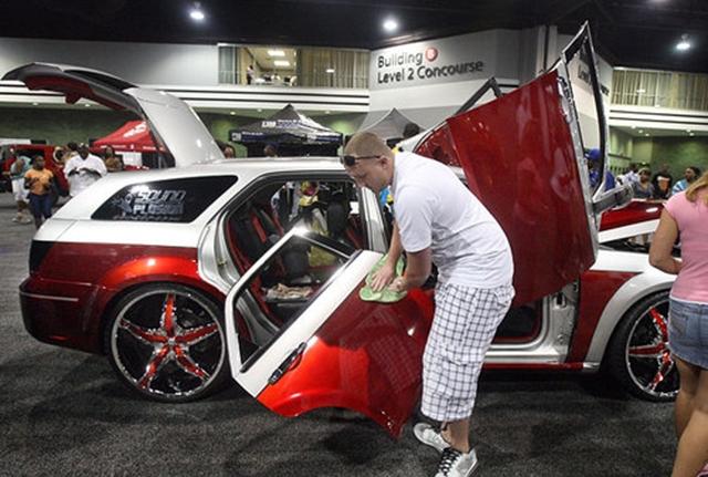 Custom Show AutoModified - Car show world congress center atlanta